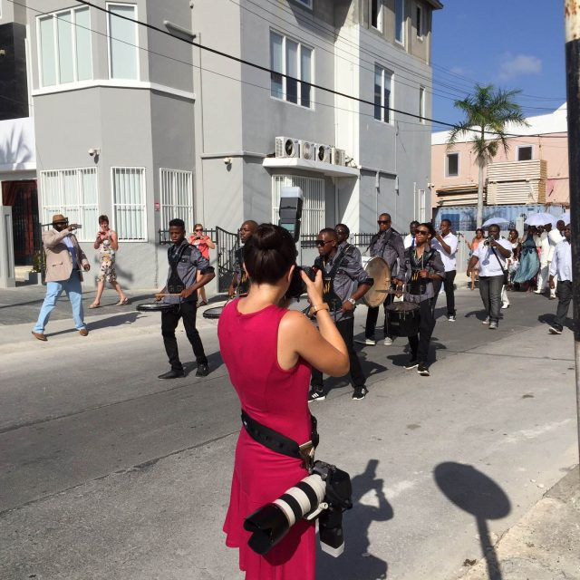 destination wedding photographer at work in the streets of curaçao
