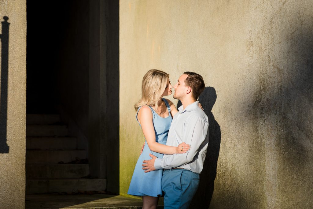 A couple does engagement photos at the carriage house in Harkness Park in Waterford CT