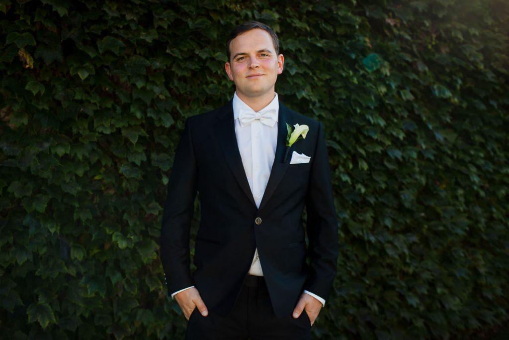 Groom portrait at newport wedding